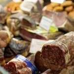 Verschiedenste Wurst- und Fleischwaren